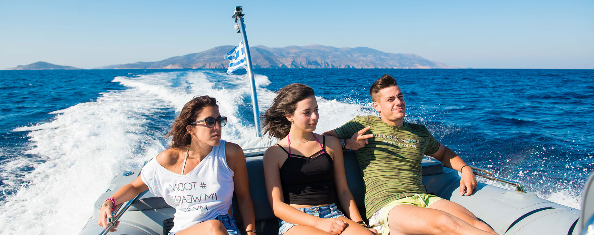 boat tours around Cyclades